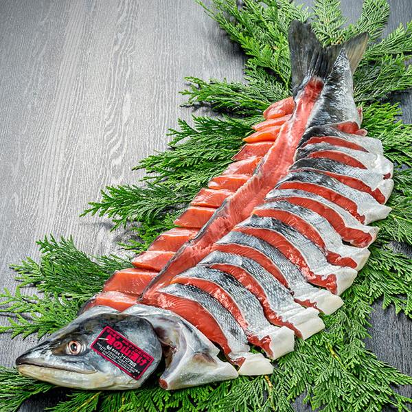 ユートピア知床 知床産一等検目近鮭姿 山漬2.5~2.9kg(切身個包装)【送料無料】【ギフトセット】【詰め合わせ】【北海道】